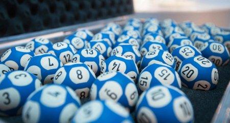 Numere extrase la Loteria Vaccinarii de duminica, 10 octombrie. Premii de 900 de mii de lei pentru 81 de romani vaccinati