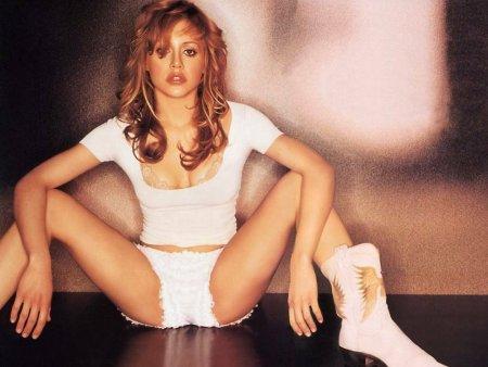 Moarte misterioasa: Noi detalii despre disparitia neasteptata a lui Brittany Murphy. Cine a fost (VIDEO)
