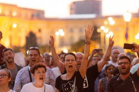 Proteste in Chisinau. Republica Moldova fierbe dupa suspendarea procurorului general