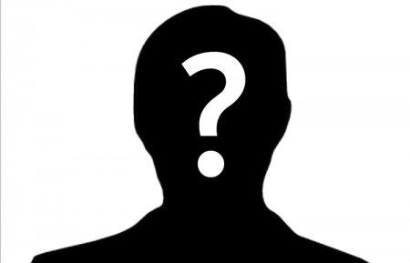 Premiera: Un jurnalist primeste o distinctie importanta, dar trebuie sa ramana anonim!