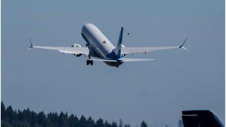 Un avion s-a depresurizat inainte sa aterizeze la Bucuresti, au fost momente de <span style='background:#EDF514'>PANICA</span> pentru pasageri