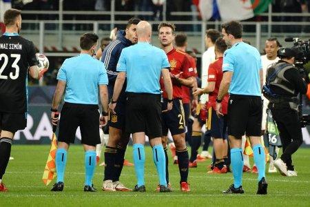 <span style='background:#EDF514'>SPANIOLII</span> dezvaluie ce le-a spus arbitrul dupa Franta - Spania » Explicatii pentru faza controversata din finala Ligii Natiunilor