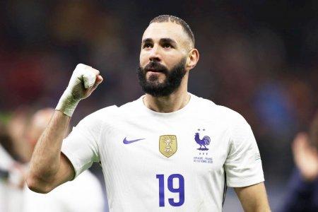 Real Madrid cere <span style='background:#EDF514'>BALONUL</span> de Aur pentru Karim Benzema: Jucatorul nostru spectaculos