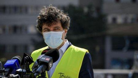 Subordonatii lui <span style='background:#EDF514'>NICUSOR</span> Dan blocheaza investitii care pot salva Bucurestiul