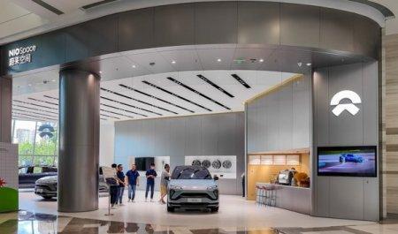 Tesla, una dintre cele mai valoroase companii din lume, a construit 100.000 de masini in aproximativ 12 ani. Xpeng si Nio, rivalii chinezi ai firmei, au avut nevoie de doua ori mai putin timp pentru a depasi pragul