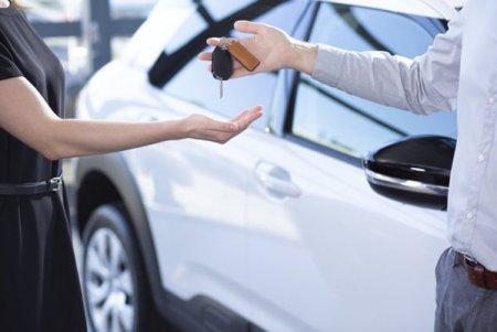 Compania de inchirieri de masini Autonom Services vrea sa emita obligatiuni de pana la 250 de milioane de euro prin una sau mai multe emisiuni