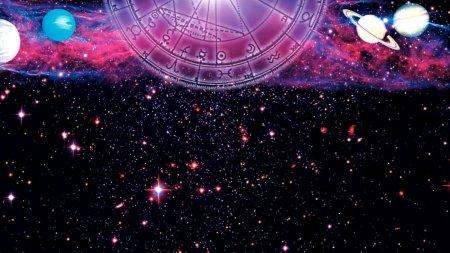 Horoscop 12 octombrie 2021. Pestii s-ar putea elibera de unele iluzii care nu le-au adus nimic bun niciodata