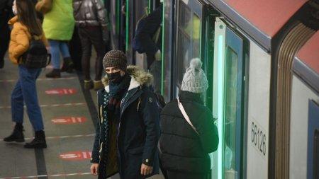 Sistem r<span style='background:#EDF514'>EVOLUTION</span>ar de acces la metrou, in Moscova: te recunoaste chiar si cu masca pe fata