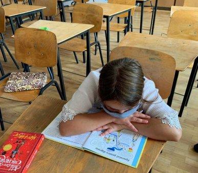 Studiu: Un leu investit in educatie aduce la buget opt lei