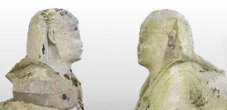 Doua statui folosite ca ornamente de gradina de o familie din Anglia s-au dovedit a fi niste relicve egiptene foarte valoroase
