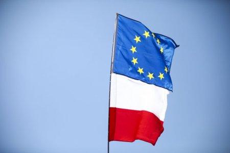 Uniunea Europeana ameninta Polonia cu o reactie ferma dupa decizia instantei constitutionale. <span style='background:#EDF514'>LEGISLATIA</span> europeana are suprematie fata de cea nationala