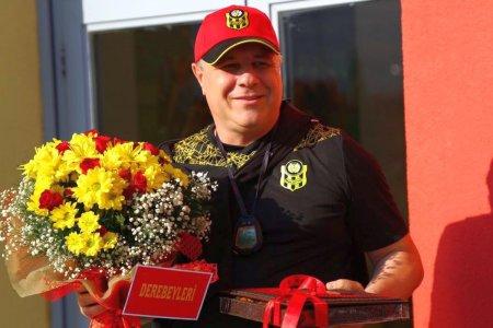 Marius Șumudica, rasfatat la noua echipa: cadoul primit la ultimul antrenament