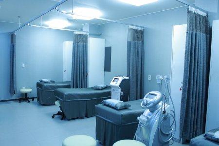 Jumatate din judetele tarii nu dispun de niciun angiograf, aparat vital pentru pacientii cu infarct