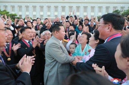 Interviu BBC cu cel mai rosu dintre cei rosii. Un inalt spion nord-coreean isi spune viata presei occidentale: droguri, asasinate la comanda si tradari pentru Kim Jong-un