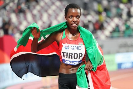 Atleta <span style='background:#EDF514'>AGNES</span> Tirop, din Kenya, campioana mondiala de cros, injunghiata mortal de sotul ei