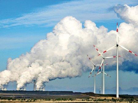 Germania, cu cele mai ambitioase planuri de inverzire a economiei, si Polonia, cu cea mai poluatoare industrie, sunt salvate de carbune. Doar ca energia poloneza este mai ieftina
