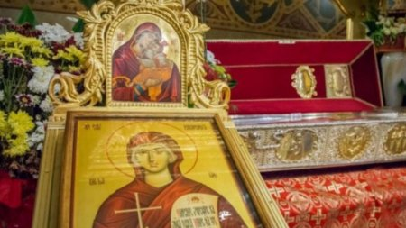 Cea mai puternica rugaciune facatoare de minuni de Sfanta Cuvioasa Parascheva de la Iasi