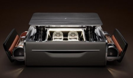 Sicriul din masina. O cutie cu trabucuri si bautura produsa recent valoreaza 47.000 Euro