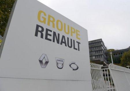 350 de angajati vor fi dati afara de Renault in 2021. Criza semiconductorilor reduce productia de automobile