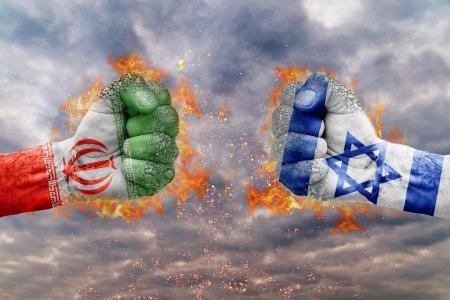 Tensiunile cresc intre Iran si <span style='background:#EDF514'>ISRAEL</span>! Confruntarea este iminenta. Timpul se scurge rapid