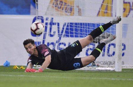 Andrei Vlad, cel mai slab portar din istoria FCSB! » Cifre dezastruoase pentru Messi al portarilor in tricoul ros-albastrilor