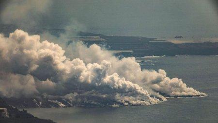 Un nor de gaze toxice produse de <span style='background:#EDF514'>ERUPTIA</span> vulcanului din La Palma a ajuns in Europa