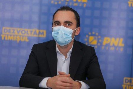 Deputatul PNL Cosmin Șandru, urmarit penal de DNA pentru dare de mita, dupa ce AUR l-a acuzat ca a incercat sa corupa parlamentari sa nu voteze <span style='background:#EDF514'>MOTIUNEA DE CENZURA</span>