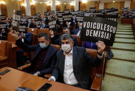 PSD, despre Vlad Voiculescu in Guvern: Ciolos sa nu vina in Parlament cu Groparul Sanatatii