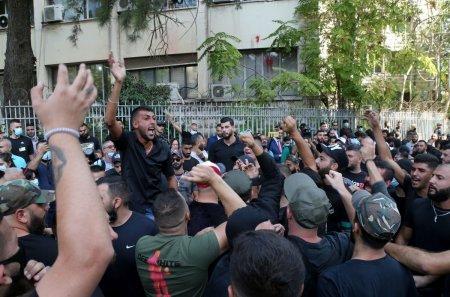 Cel putin 5 morti si zeci de raniti in timpul unei manifestatii a sustinatorilor Hezbollah, la Beirut