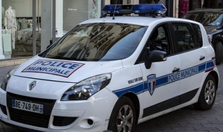 O femeie gasita decapitata, in propria casa, in Franta, la un an de la uciderea <span style='background:#EDF514'>PROFESORUL</span>ui Samuel Paty