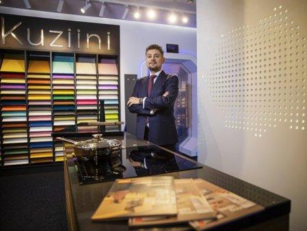 Ce treaba are tehnologia cu bucataria? Un antreprenor lanseaza singurul concept-store digital pentru mobilier