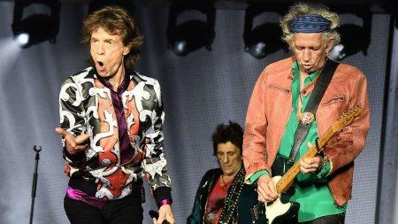 Abia acum? Rolling Stones nu vrea sa mai cante piesa <span style='background:#EDF514'>BROWN</span> Sugar (VIDEO)
