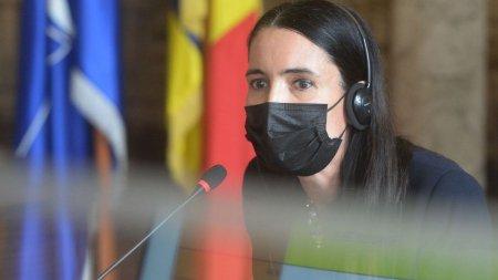 Clotilde Armand a cerut rectificare sa plateasca penalizarile catre Romprest, iar consilierii refuza sa <span style='background:#EDF514'>VOTEZ</span>e: Ea este sursa crizei gunoiului