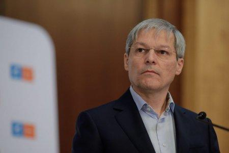 Dacian Ciolos: PNL n-a propus niciun premier, iar presedintele Iohannis m-a desemnat <span style='background:#EDF514'>PE MINE</span>, dand un semnal clar pentru refacerea coalitiei