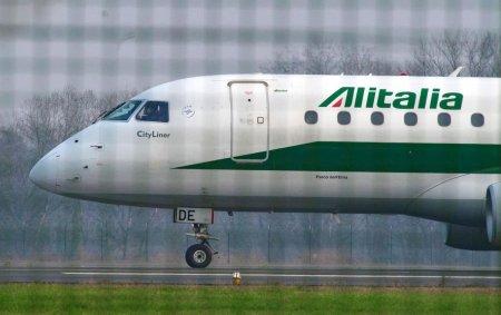 Compania aeriana Alitalia s-a desfiintat dupa 75 de ani de activitate