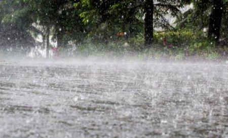 Coduri galben si portocaliu de ploi puternice anuntate in Bucuresti si 10 judete