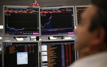 FTSE 100, indicele bursei londoneze, atinge cel mai ridicat nivel din februarie 2020, in timp ce bursele din Frankfurt si <span style='background:#EDF514'>PARIS</span> inregistreaza o crestere de 0,4%. Evolutiile, alimentate de actiunile din industria petroliera