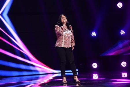X Factor 2021, 15 octombrie. <span style='background:#EDF514'>MIREL</span>a Cicu a luat scena cu asalt, cu piesa Someone You Loved.Parca avea miere in glas