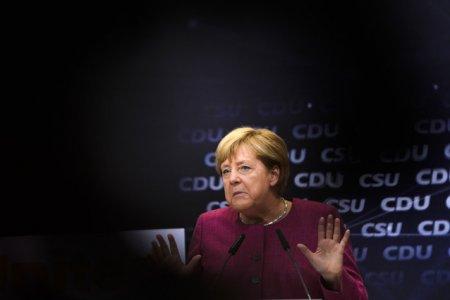 Zilele cu Merkel la conducerea Germaniei sunt numarate. Acord preliminar pentru o coalitie a SPD cu ecologistii si FDP