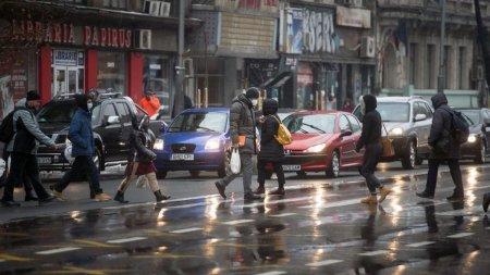 Prognoza meteo speciala pentru Bucuresti. Vremea vine cu ploi si <span style='background:#EDF514'>VANT</span> in urmatoarele 24 de ore