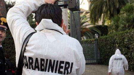 O romanca din Italia a fost ucisa dupa ce copilul a plecat la scoala. Criminalul a fost gasit fara suflare, langa <span style='background:#EDF514'>TRUPUL</span> neinsufletit al femeii