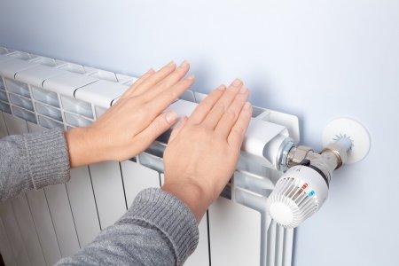 De ce dardaie sute de mii de bucuresteni in apartamente? Angajati ELCEN: 20% din agentul termic se scurge in pamant