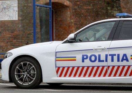 Un barbat dat in ur<span style='background:#EDF514'>MARIRE</span> a fost impuscat de politistii din Prahova, dupa ce a incercat sa fuga