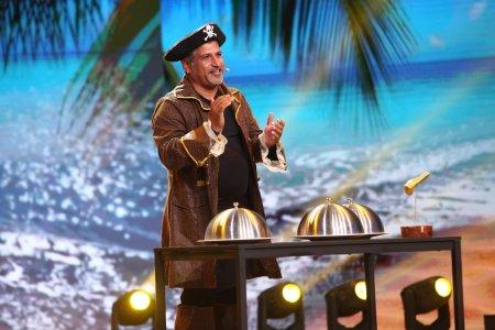 iUmor, 16 octombrie 2021. Arun de la Tecuci, piratul cu talent culinar si muzical. Cheloo a fost un piranha intr-un bazin