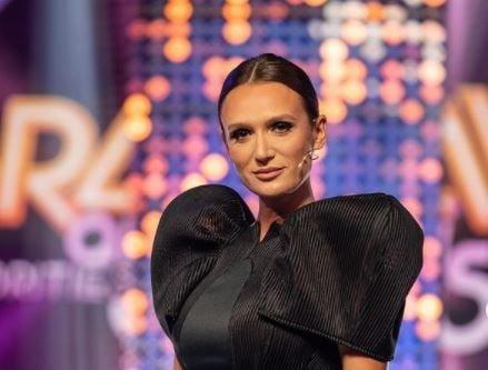 Carmen Negoita a fost eliminata de la Bravo, ai stil! Celebrities: In aceasta <span style='background:#EDF514'>COMPETITI</span>e este vorba despre cine este mai guraliv