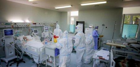 Semnal de alarma - Pacienti cu COVID folosesc acasa concentratoare sau spray-uri cu oxigen pentru alpinisti / Dr. Marinescu: E o capcana! Unii ajung la ATI