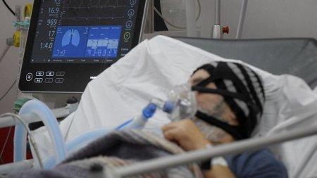 Niciun pat liber pentru pacientii COVID, 1.750 de <span style='background:#EDF514'>OAMENI</span> se lupta sa traiasca in sectiile ATI