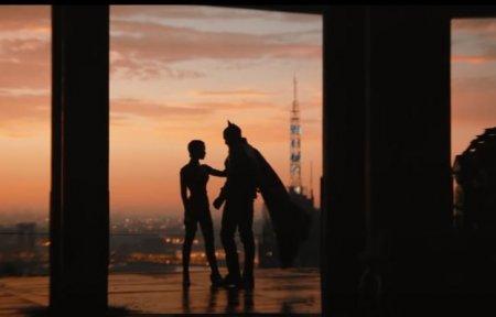 A fost lansat primul trailer al filmului The <span style='background:#EDF514'>BATMAN</span>. Robert Pattinson, in rolul principal