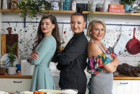 Hello Chef, sezon 2, episod 8. Reteta de tarta cu crema de fistic a la Chef Roxana Blenche. Ingrediente si mod de preparare