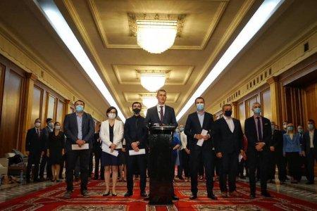 USR a finalizat progamul de guvernare si lista ministrilor in Biroul National. Cabinetul Ciolos, gata de validare in Comitetul Politic